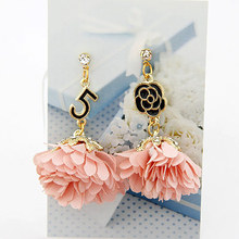 New Brand Fashion Vintage Number 5 Rose Crystal Asymmetric Flowers Dangle Earrings for Women brincos grandes(China (Mainland))