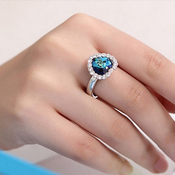 Blue Kiss R65 The 2014 Korean Fashion Titanic Heart Of Ocean Blue Decorated Adjustable Ring For Women(China (Mainland))
