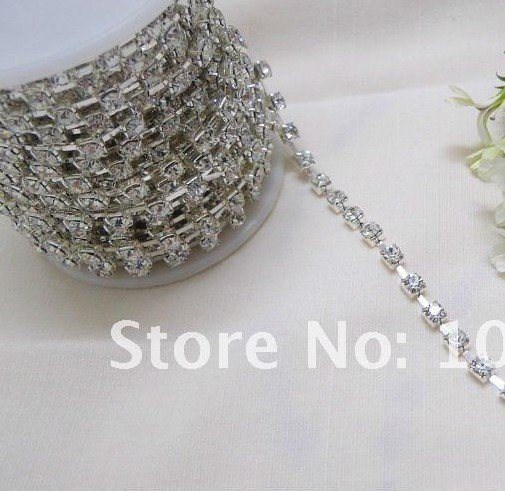 50% off! Only 3 Days!! TRACKING No.--10yd 3mm A-Grade Rhinestone Silver Diamante Chain Craft(China (Mainland))