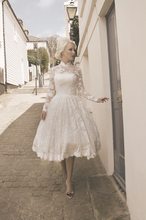 Vintage vestido de noiva praia 2016 Fast Shipping Lace Long Sleeve Wedding Dress High Neck China louisvuigon