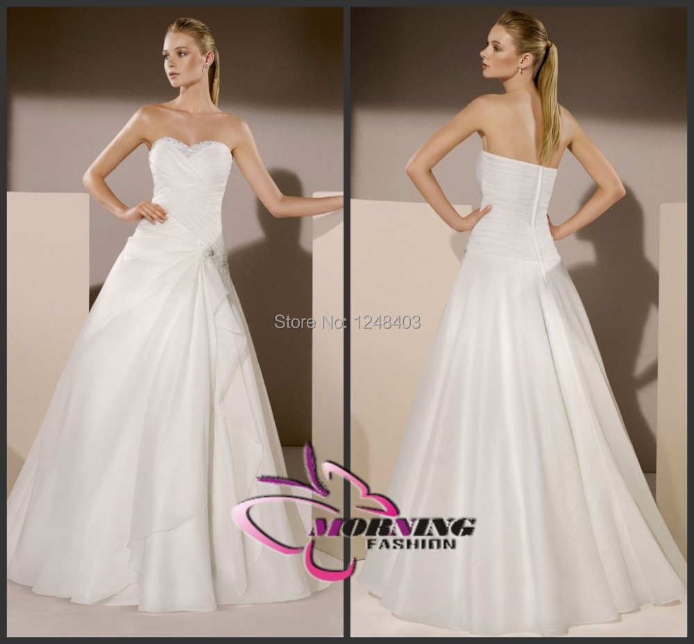 2015 Organza Wedding Dresses Sleeveless Sweep Train Crystal Line Ivory Sweetheart Backless Bridal Dress Ruched - Dream blue wedding dresses store