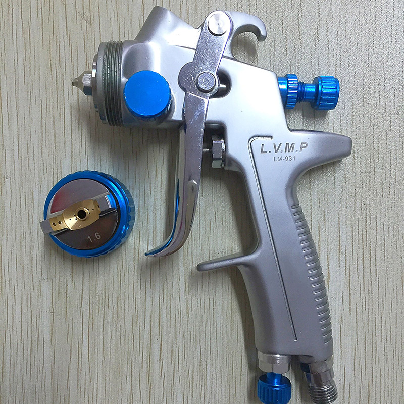 Фотография SAT0079 high quality LVMP nozzle 1.6mm spray painting gun paint for cars painting machine tool