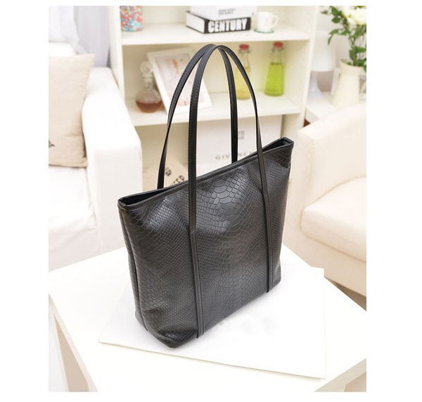 FREE SHIPPING 1PCS Fashion Korea Shoulder Bag PU Leather Crocodile Grain Handbag at various colour(China (Mainland))