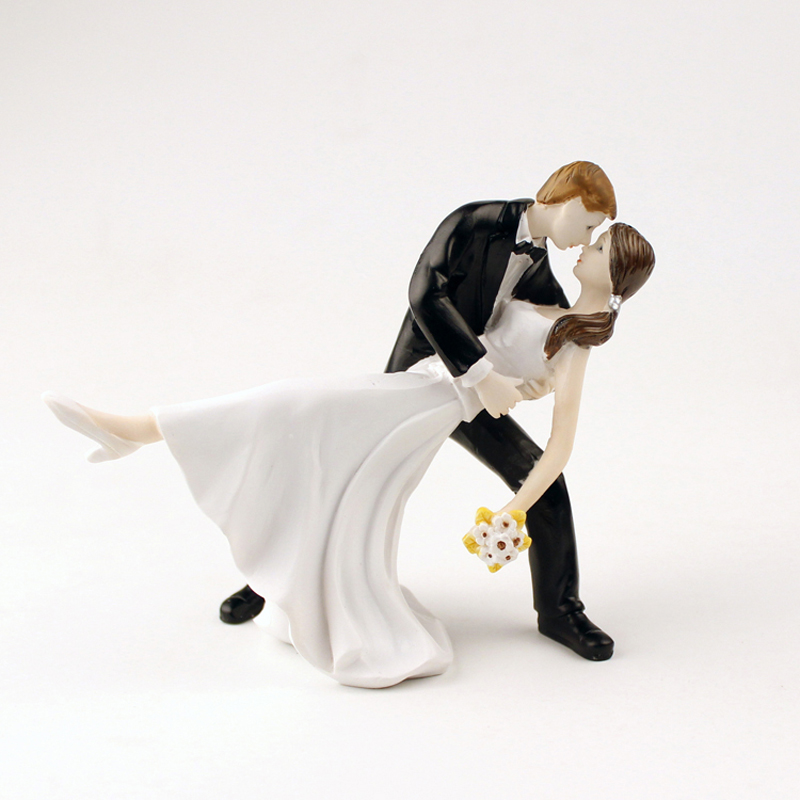 Hot Sale Romantic Style Wedding Cake Groom Bride Dance Topper Dolls Polyresin Home Decor Handcrafted Gift Marry Cake Accessory(China (Mainland))