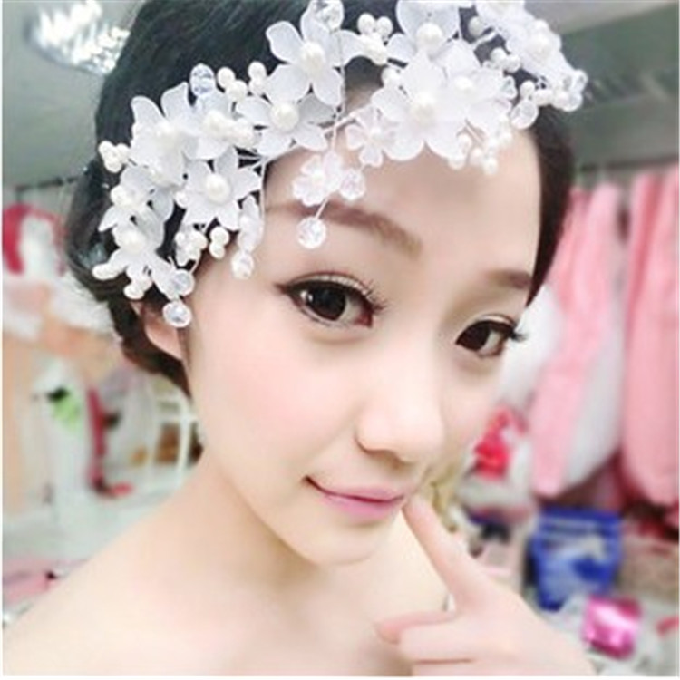 Short bridal headdress Korean jewelry accessories jewelry white head plate hair ornaments flower Crystal hair accessories 1855(China (Mainland))