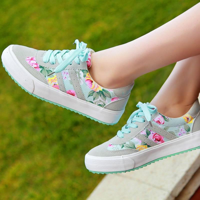 Resultado de imagem para sapatos com estampas florais
