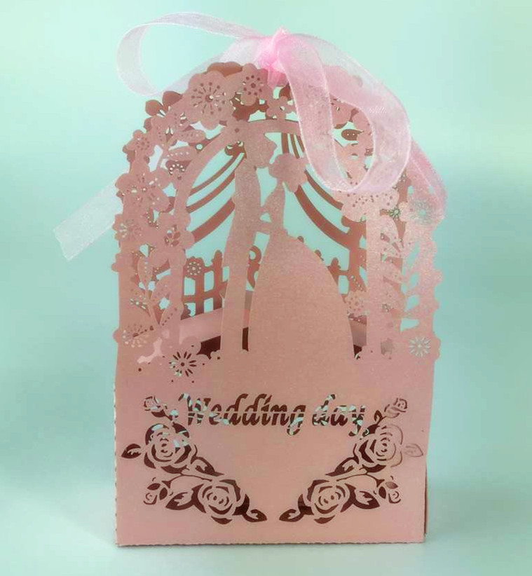 2016 New 100pcs/lot Ribbons Included Laser Cut Wedding Favor Candy Box Party Decoration Gift Boxes(China (Mainland))
