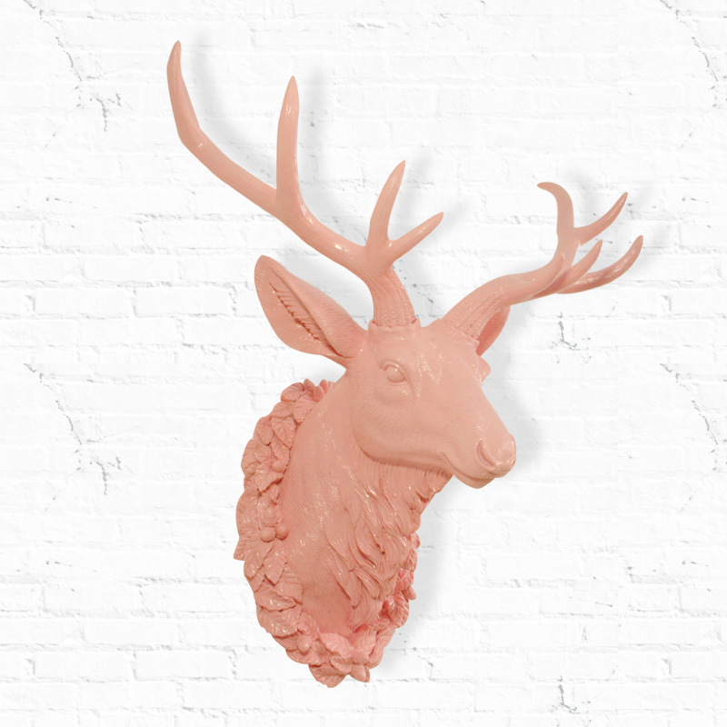If the European Simulation resin deer animal home decor wall hooks creative New Year Gifts & Crafts(China (Mainland))
