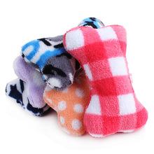 Hamster Игрушки для Собак Пищалка Новая Многоцветная Небольшой Игрушки для Животных Плюшевые Звуковые Кости 15*10 см