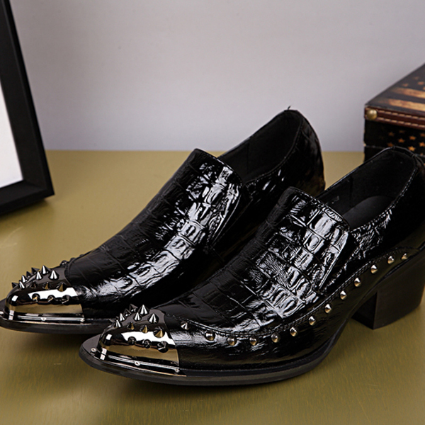 Plus Size 37-46 Brand New Men's black Dress Shoes Pointed Toe rivets Fashion Luxury Patent Leather Wedding Oxford Men Shoe