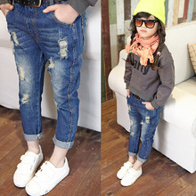 children pants NEW 2015 spring autumn fashion designer jeans boys girls denim pants Casual hole jeans feet pants 2~8 age