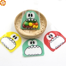 50PCS 7X7CM 3Colors Cute Cartoon Monster Cookie&Candy Bag Self-Adhesive Plastic Bags For Biscuits Snack Baking Package Supplies(China (Mainland))