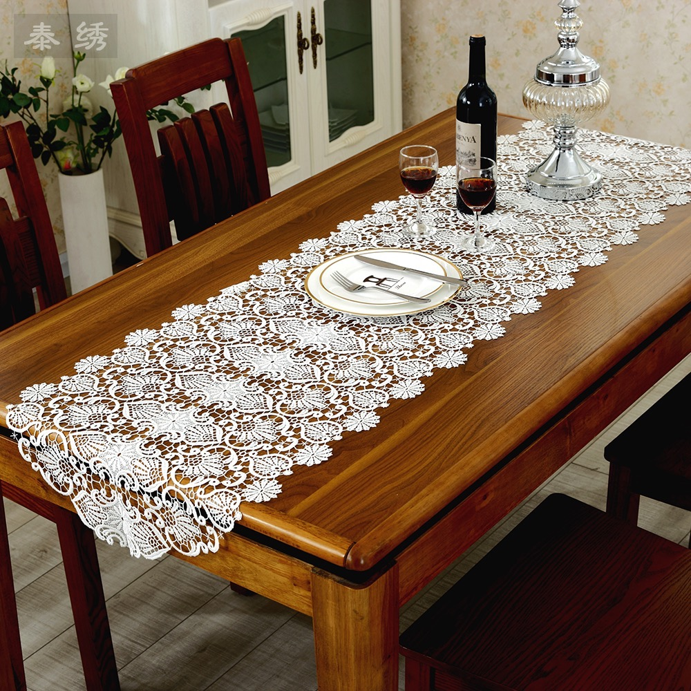 Table Runners For Coffee Tables Burlap Coffee Table Runner Use Pul Fabric Underneath To