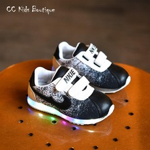 2016 new spring sneakers children led sneakers girls boys light shoes baby sport shoes toddler luminous shoes with light black(China (Mainland))