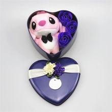Handmade encantador ponto brinquedos de pelúcia com flores de sabão da forma do coração caixa de presente criativo Dos Namorados e presente de aniversário para as meninas(China)