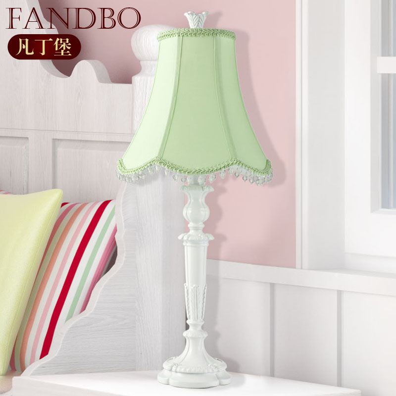 table lamp for young girl beside bedroom white base hot sell in table. Black Bedroom Furniture Sets. Home Design Ideas