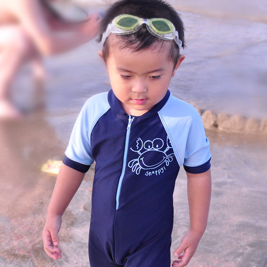 2014 kid swimwear one piece sun child thermal submersible clothing beach swimsuit - MasterFashion since 1992 store