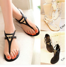 New 2015 Vintage Summer Flat Sandals Triangle Metal Women's Shoes Belt Clip Flip-flop Black And White Plus Size 36-41 XWZ869(China (Mainland))