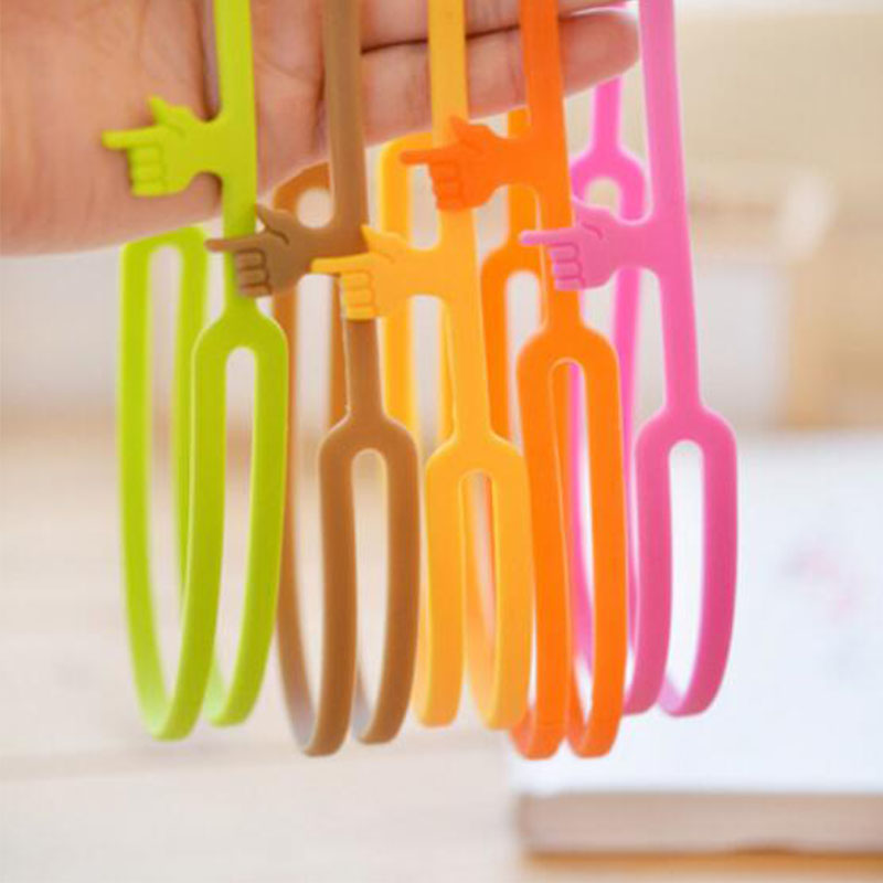 5PCS 2016 Hot Sale Cute Silicone Finger Pointing Bookmark Book Mark Tags School Supply Office Funny Gift Stationery(China (Mainland))