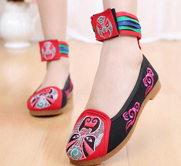 Free Shipping 34  Women Embroidered Shoes Girls Spring Autumn Flowers Flats Lady Casual Facebook Embroider Shoes Students Canvas<br><br>Aliexpress