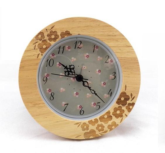 Modern Simple Fashion Solid Wood Alarm Clock Desktop Art