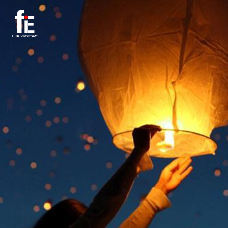 10pcs and 20 pcs Sky Fire Chinese Lanterns Wish Festival Party Outdoor Flying Fire LampsSky Fire Flying Paper Fire Lamps(China (Mainland))
