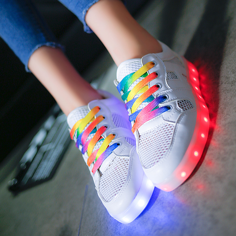 Led luminous Breathable shoes women casual shoes coloured ribbon 2016(China (Mainland))