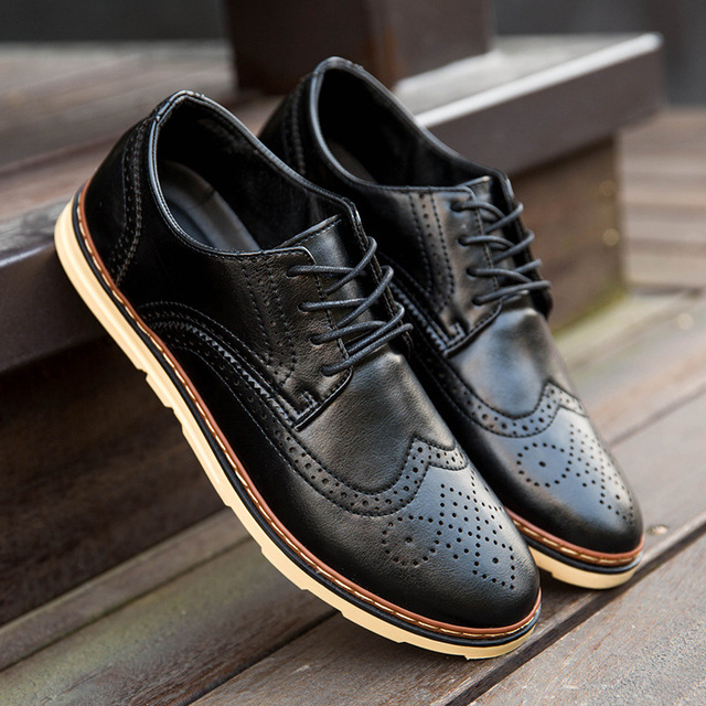 Мужская обувь мода низкие кожаные ботинки Британский стиль случайный мужчина обувь ...