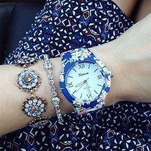 2015 caliente del envío libre del regalo de navidad de la nueva moda ginebra acero inoxidable estilo de la flor cuarzo de la correa mujeres para mujer relojes vestido azul