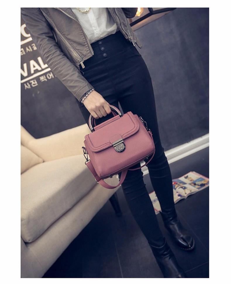 Korean Trendy Small Handbag Retro Fashion Embossed PU Shoulder Bag Women Vintage Casual Designer Crossbody Bag Small Bag