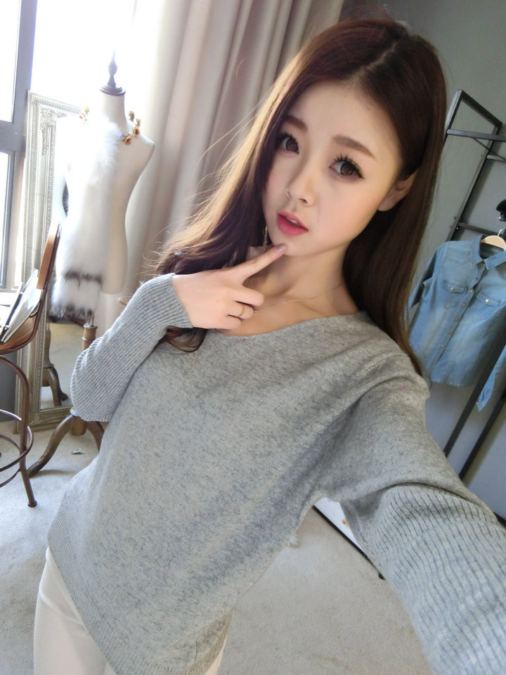2016 New Fashion Women's Pullover Sweater Lady  V-neck Batwing Sleeve Cashmere Wool Knitted Solid Color Wear  Loose Size 4XL