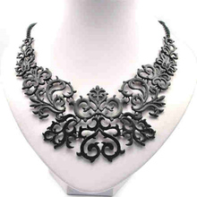 New Statement Charming Fashion Women Hollow Bib Choker Statement Vintage necklaces pendants CQ0413(China (Mainland))