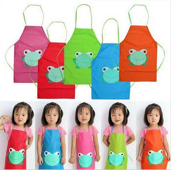 1pcs New Cute Kids Child Children Waterproof Apron Cartoon Frog Printed Painting Cooking Apron free shipping color random(China (Mainland))