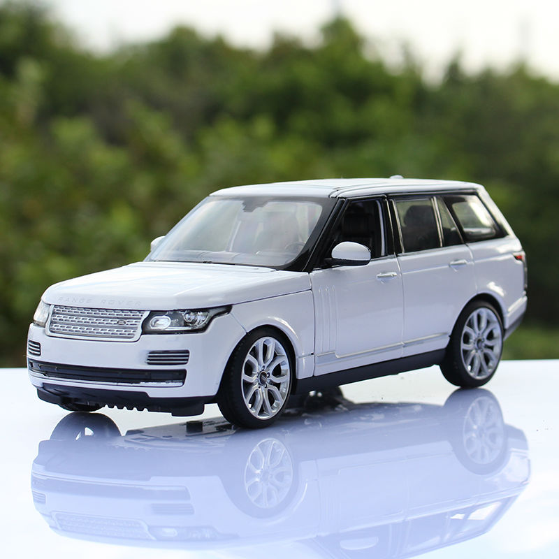 Brand new Xing Hui 1:24 The range rover white diecast metal automobile model toy collection Birthday gift gift(China (Mainland))