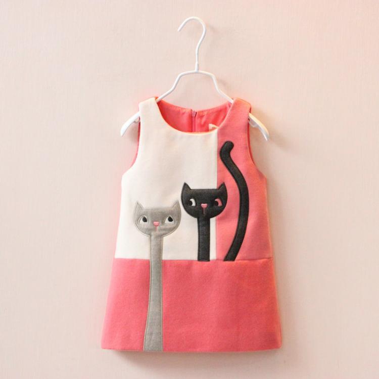 Здесь можно купить  autumn Girls dress Two cats color matching dress princess cartoon Woolen vest dresses wholesale  Детские товары