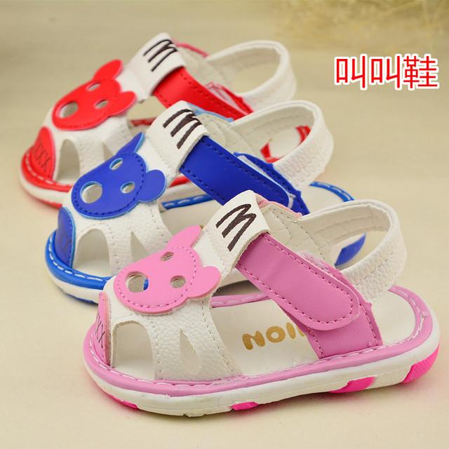 2016 летняя обувь детская обувь малыша мягкое дно детская мультфильм медведь сандалии новорожденных девочек обуви красный розовый синий 11 см - 13 см
