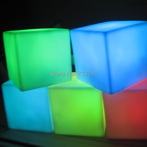 2015 New Lava Lamp Led Flashlights 2.4 Cheap Small Table Lamp as gift cube night light for wedding decoration lights(China (Mainland))