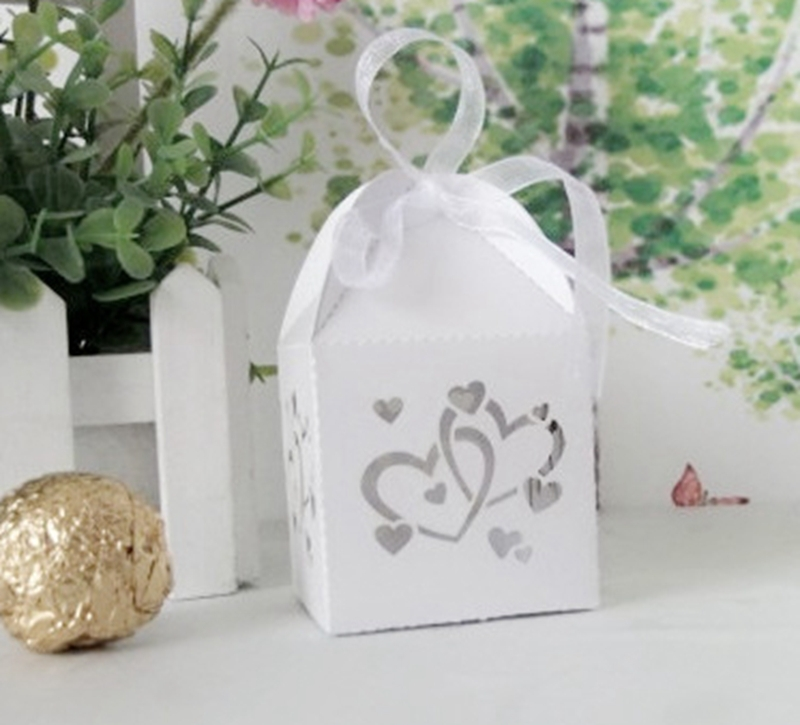 Wedding Party Favors Laser Cut Candy Chocolate Gifts Boxes Bird cages HEARTS Decoration Creative Wedding Paper Cards()