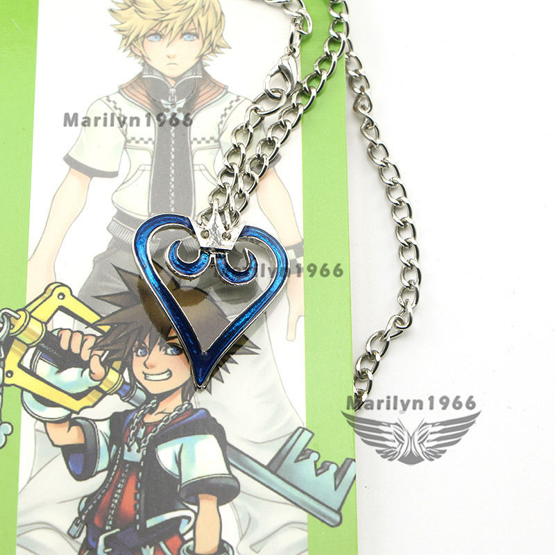 AA0077 fashion jewelry Kingdom Hearts Crown Pendant Heart Necklace Charm Anime Cosplay Gift for boy(China (Mainland))