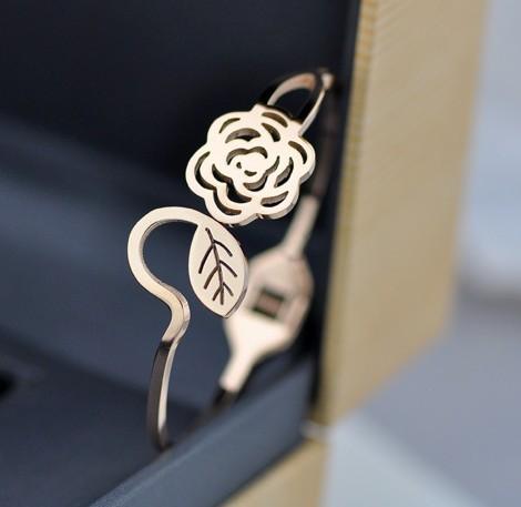 SYB66 Wholesale Stainless steel Daisy Flower bangles bracelets rose gold plated brazalete bijoux femme(China (Mainland))