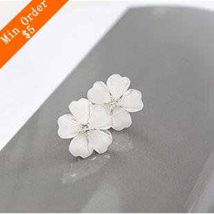 2015 New Fashion Hot Sell South Korea Style Flower Shaped Fashion Female Stud Earrings Flower Earrings 66E307(China (Mainland))