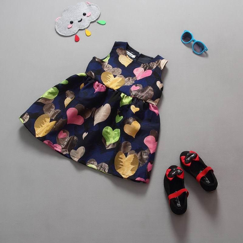 Retail 2016 New Girl Dress Children Kids Love Heart Plaid Print Princess Dress Girl Sundress 2-7Y QZ796(China (Mainland))