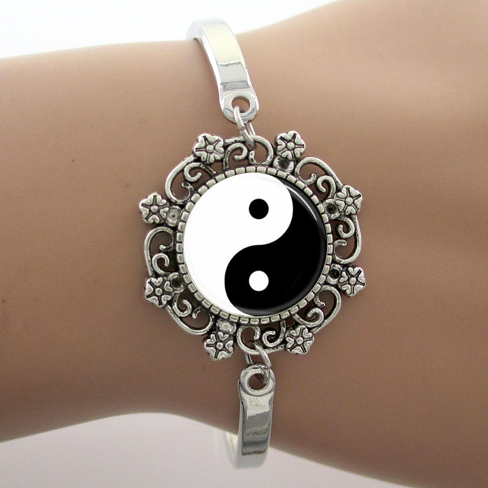 Yin Yang white and black Tai Chi Picture Glass Dome Bracelet Nice Lace Charm New Fashion Silver Bangle High Quality 1 pc(China (Mainland))