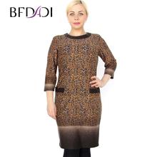 BFDADI Большой размер 5xl весна осень женское свободного покроя градиент платье прямо три четверти регулярные природный о-образным шеи до колен - длина платья 7 - 3658(China (Mainland))