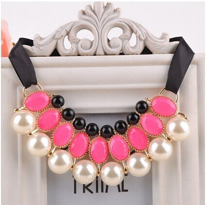 Vintage 2015 Pearl Choker Collar Necklace New Ribbon Pendant Necklace Resin Beads Link Chain Women Jewelry Statement Necklace(China (Mainland))