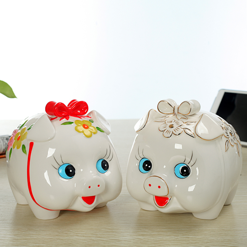 Ceramic piggy bank Large piggy bank large piggy bank small golden pig child birthday gift 18*15*16CM two styles for choose(China (Mainland))