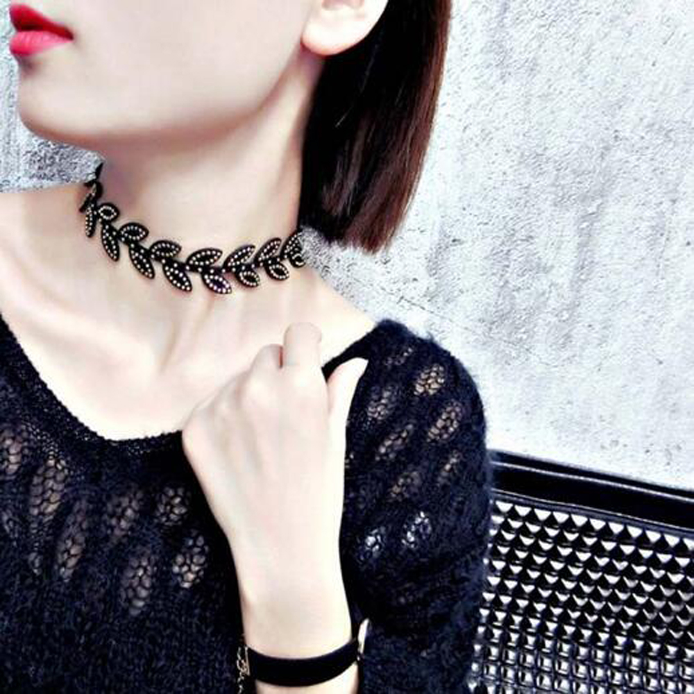 Fashion Punk Necklace Women Simple Choker Necklace Rhinestone Leaves Necklaces collier ras du cou collares Jewelery Accessories(China (Mainland))