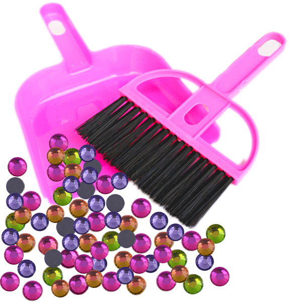 1pcs DIY Tools Mini Computer Keyboard Rhinestone Cleaning Brush With Dustpan For Household Cleaning(China (Mainland))