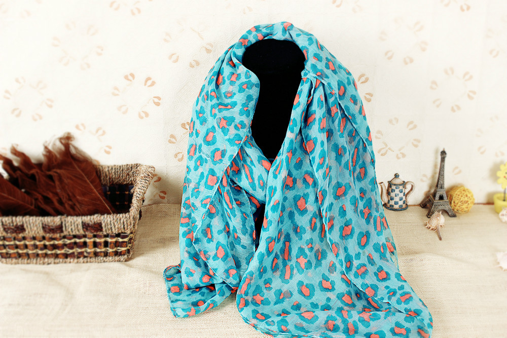 New Fashion Autumn Stylish Girl Women Scarf Winter Warm Tassel Chiffon Silk Polyester Leopard Printed Shawl