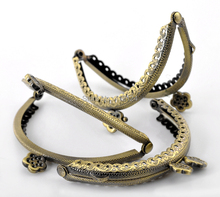 10Pcs Bronze Tone Flower Metal Frame Kiss Clasp Lock Handle Purse Bag Flower Bag Parts & Accessories 8.5x6cm(China (Mainland))